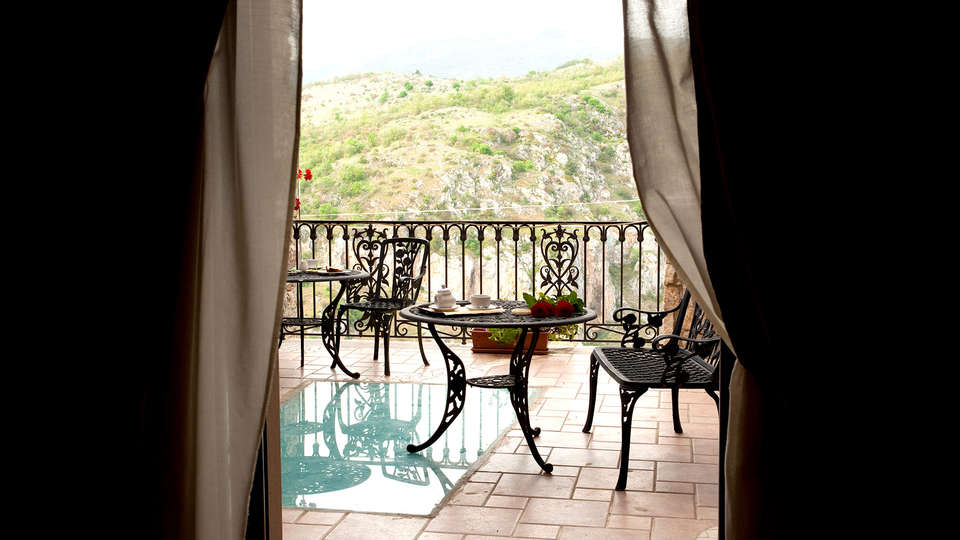 Hotel Villa Torre Antica - EDIT_NEW_TERRACE.jpg