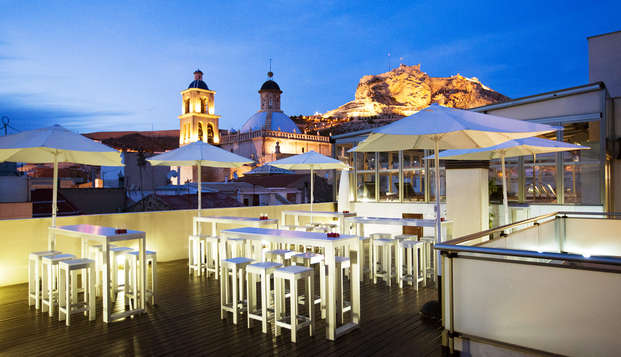 Spa Lovers : Détendez-vous sur la plus belle terrasse d'Alicante avec cocktail et accès au spa