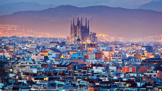 Romantisch weekend in het centrum van Barcelona met champagne, aardbeien en chocolade