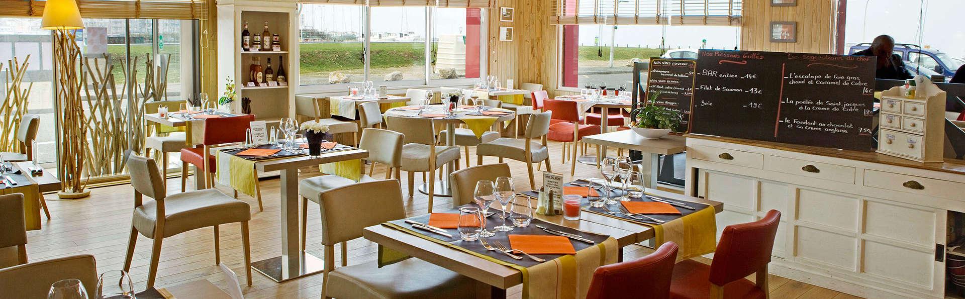 Cuisine régionale et nuit en chambre Privilège, au bord de la mer