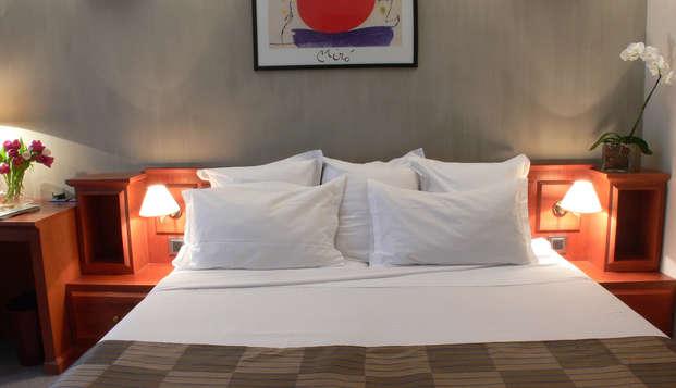 Hotel Amarante Cannes - room