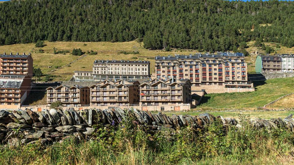Pierre et Vacances Andorra Bordes d'Envalira - Edit_View6.jpg