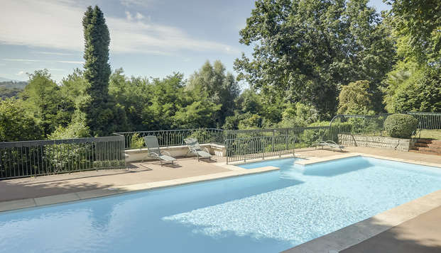 Hotel Villa Navarre - pool