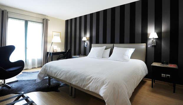 Hotel Villa Navarre - room