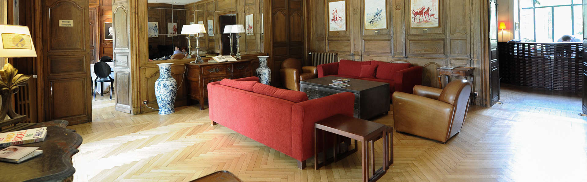 Hôtel Villa Navarre - EDIT_salon2.jpg