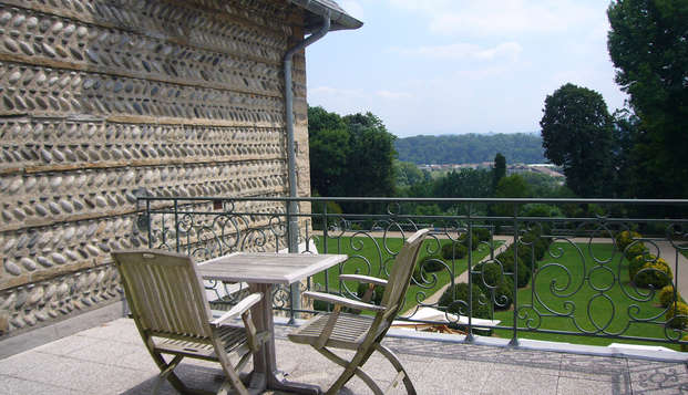 Hotel Villa Navarre - terrace