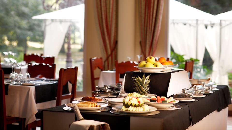 Hotel Balneario Parque de Alceda - EDIT_buffet.jpg