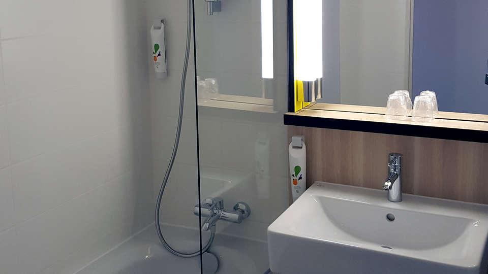 Ibis Styles Versailles Guyancourt - Edit_bathroom.jpg