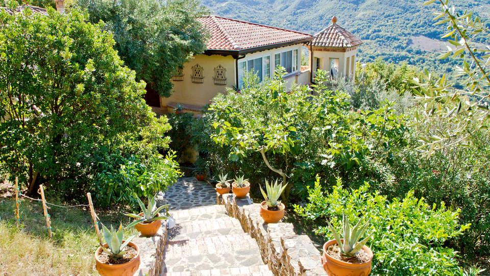 Borgo Riccio - Residenza d'Epoca  - Edit_Front.jpg