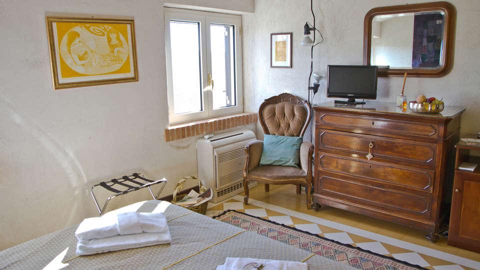 Borgo Riccio - Residenza d'Epoca  - Edit_Room8.jpg