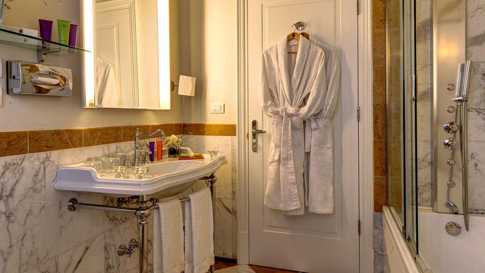 Villa Tolomei Hotel & Resort - edit_Bathroom-Villa-Tolomei-Hotel.jpg