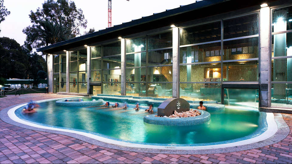 Balneario de Archena - Hotel Levante - EDIT_pool.jpg