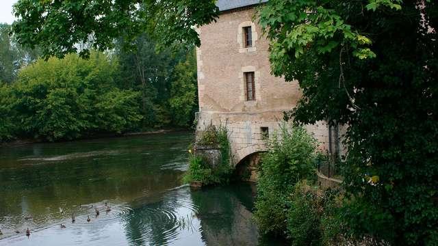 Profitez d'une chambre avec vue sur la rivière Vézère
