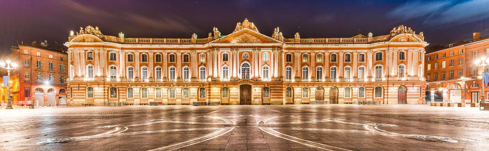 Week-end détente en chambre deluxe sur la place du Capitole à Toulouse