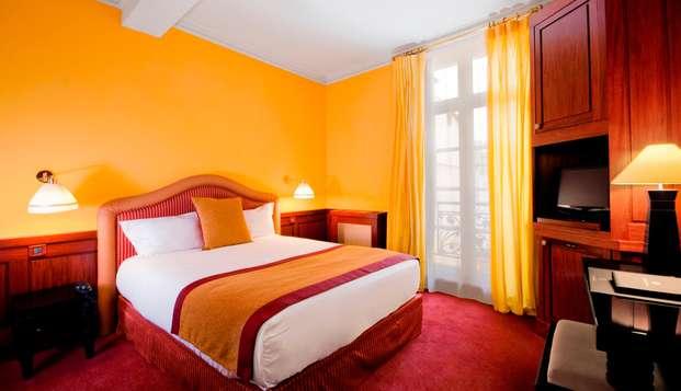 Grand Hotel de L Opera - room