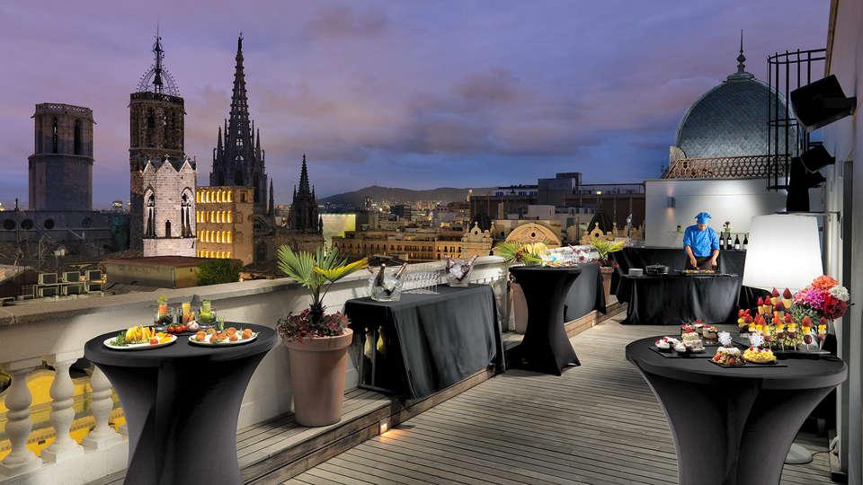 H10 Montcada Boutique - EDIT_terrace1.jpg