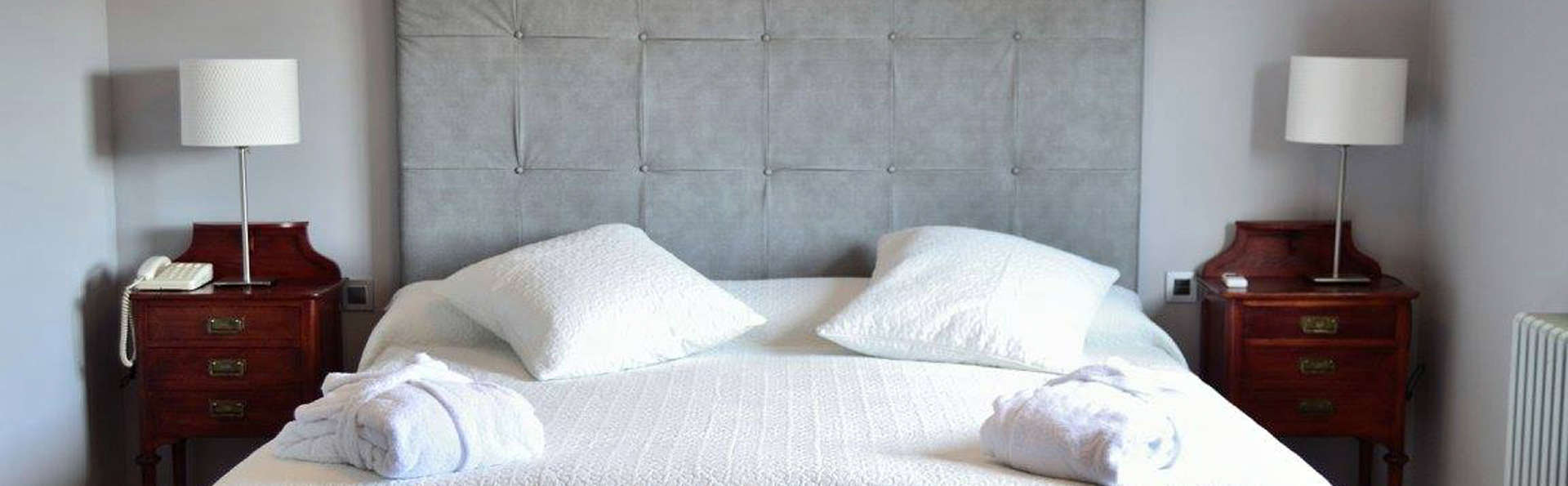 Hotel La Pardina (inactive) - edit_room482.jpg