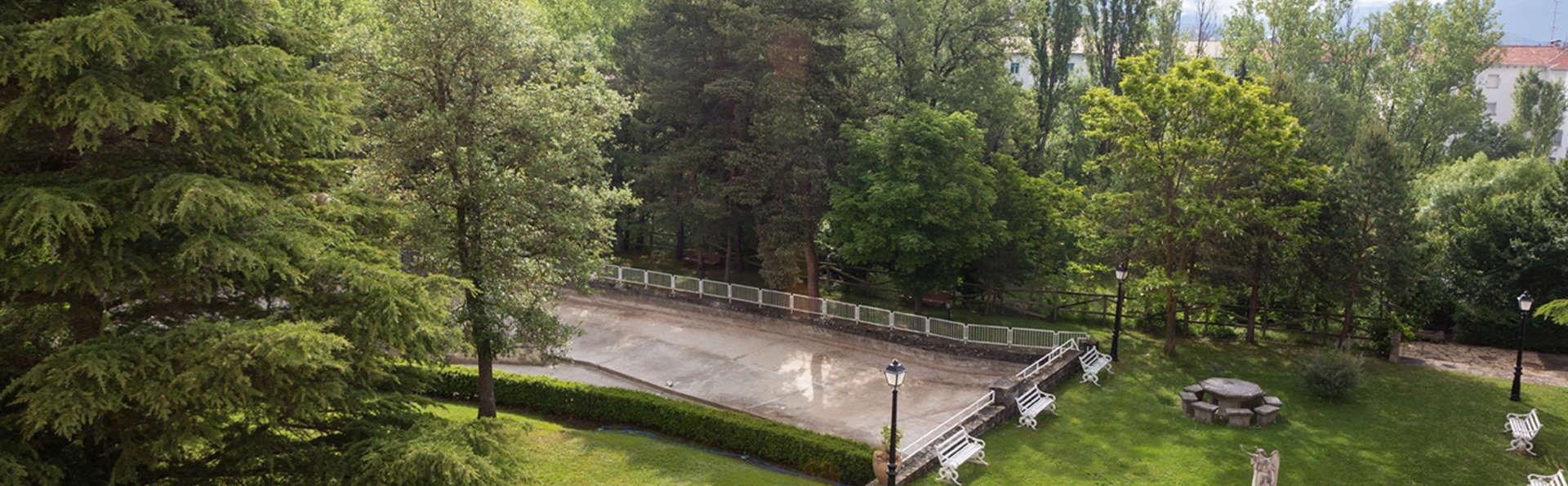 Hotel La Pardina (inactive) - edit_garden9212.jpg