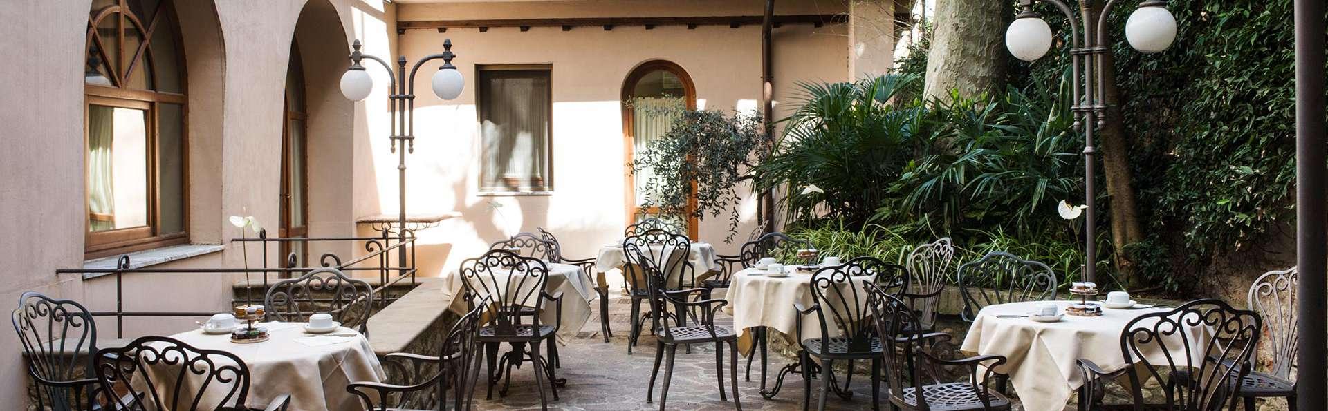 Hotel Adler Cavalieri - EDIT_terrace.jpg