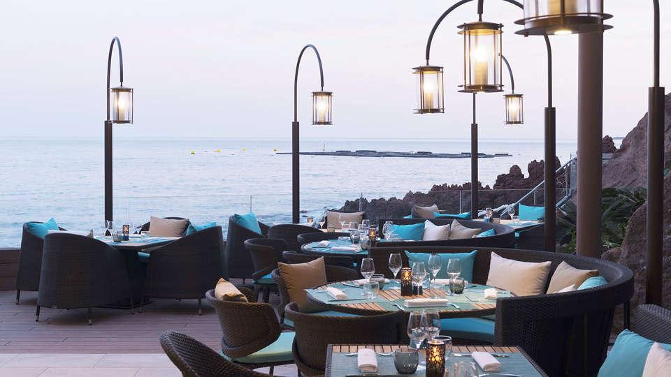 Tiara Miramar Beach Hotel & Spa  - EDIT_terrace.jpg