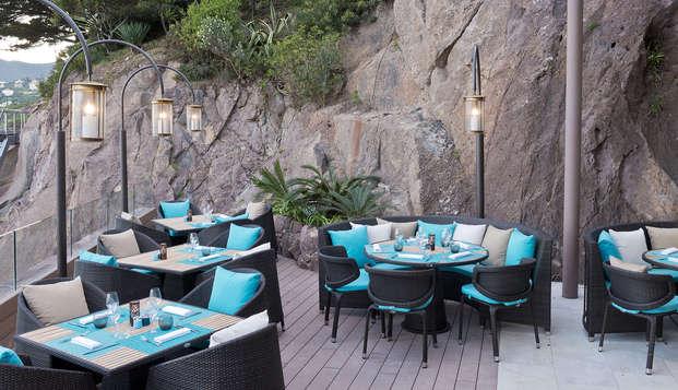 Tiara Miramar Beach Hotel Spa - terrace