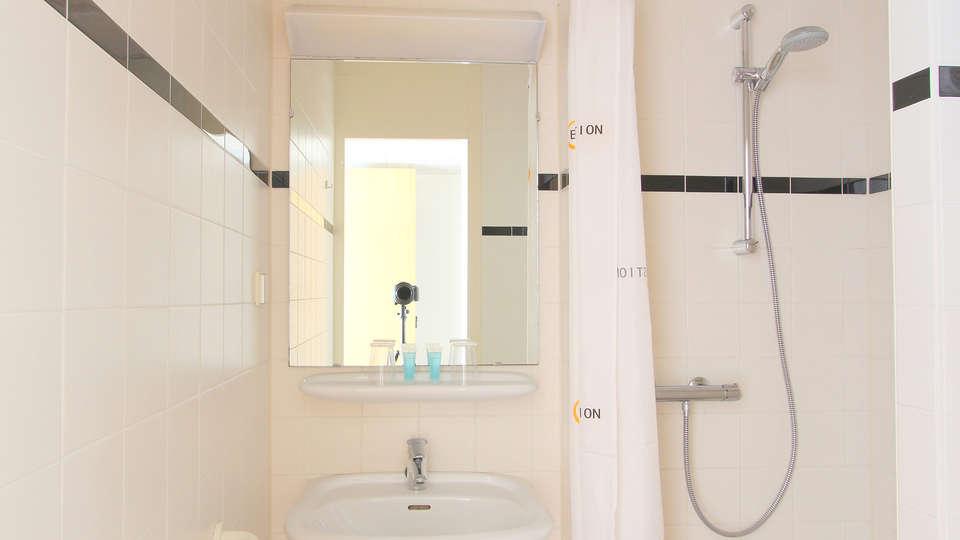 Bastion Hotel Haarlem Velsen - EDIT_bath1.jpg