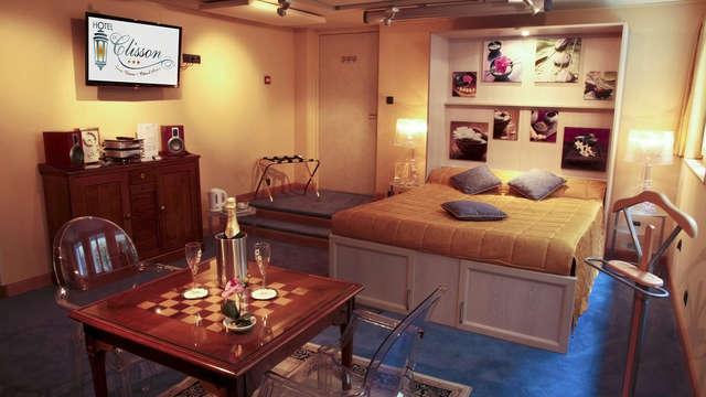 Escapada romántica en habitación VIP a Saint-Brieuc