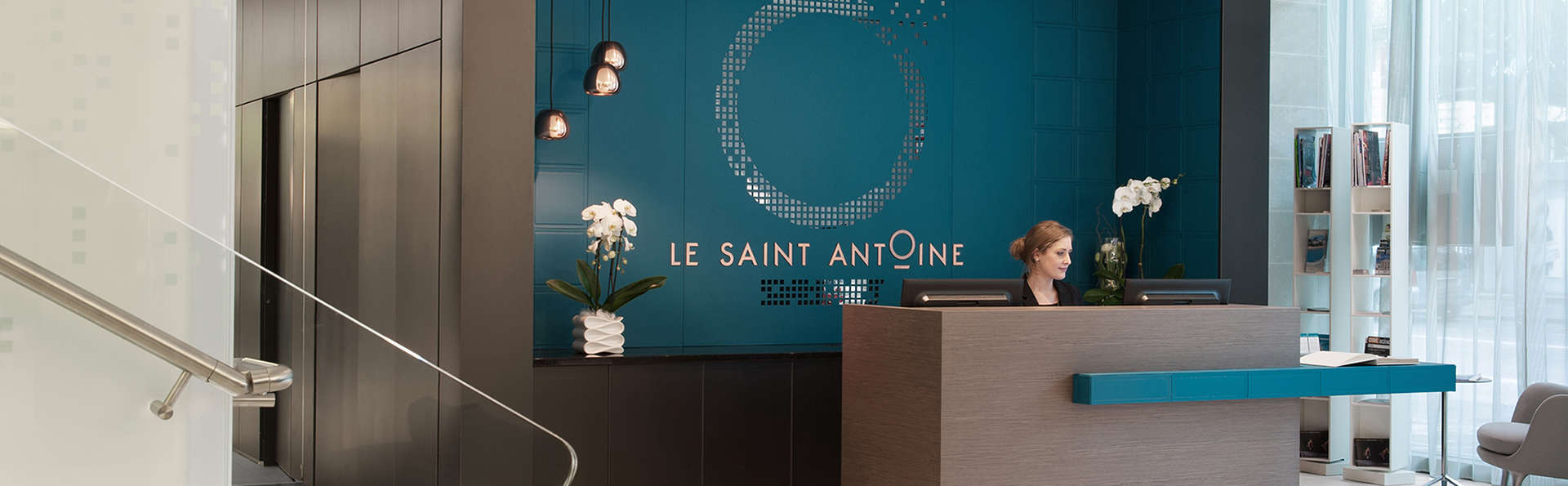 Le Saint-Antoine Hotel & Spa - Edit_Reception.jpg