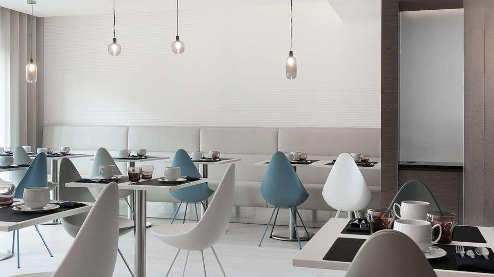 Le Saint-Antoine Hotel & Spa - Edit_Restaurant.jpg