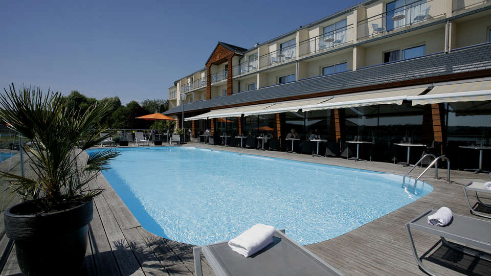 Hôtel du Golf de l'Ailette, The Originals Relais (Qualys-Hotel) - EDIT_pool1.jpg