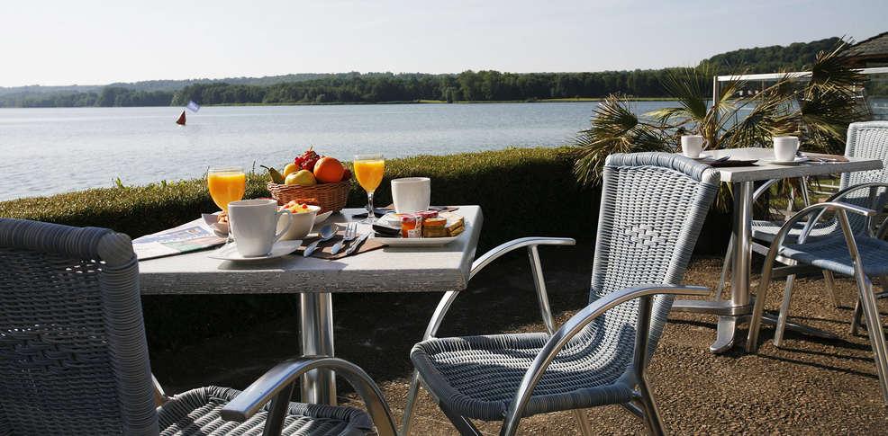 Hotel The Originals Du Golf De L U0026 39 Ailette Laon Sud  Ex
