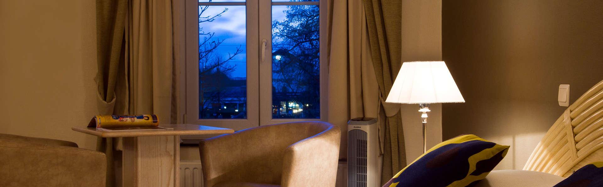 Cocoon Hotel Grenier des Grottes - EDIT_room5.jpg