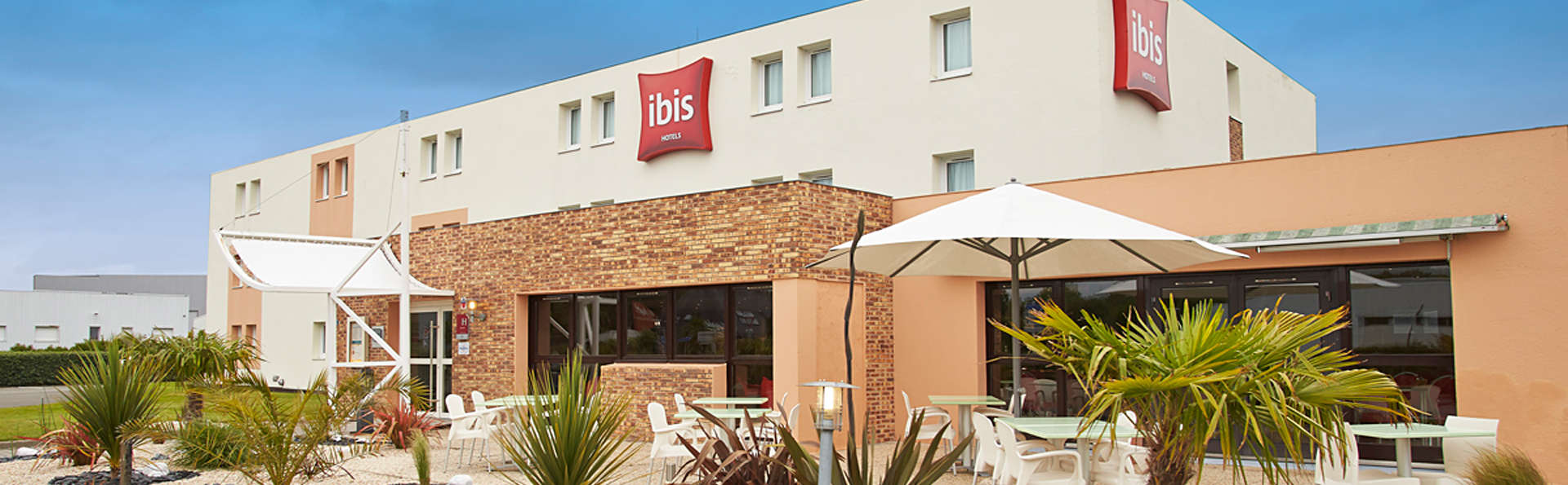 Hôtel Ibis Auray - edit_front1.jpg