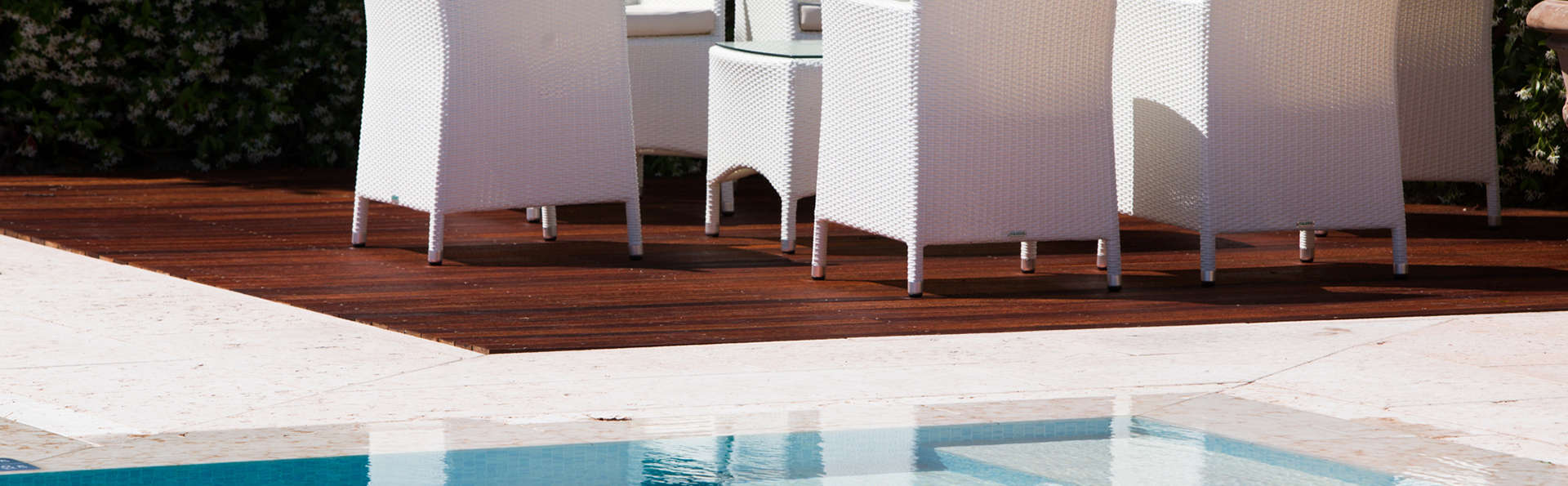 Relais Villa Abbondanzi - edit_new_terrace.jpg