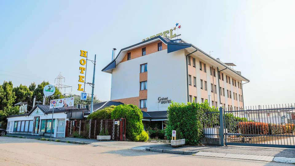 Hotel Galant - edit_front1.jpg