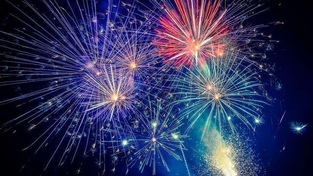 Especial campanadas: Nochevieja de lujo con Cena de gala, barra libre y ¡niños gratis!