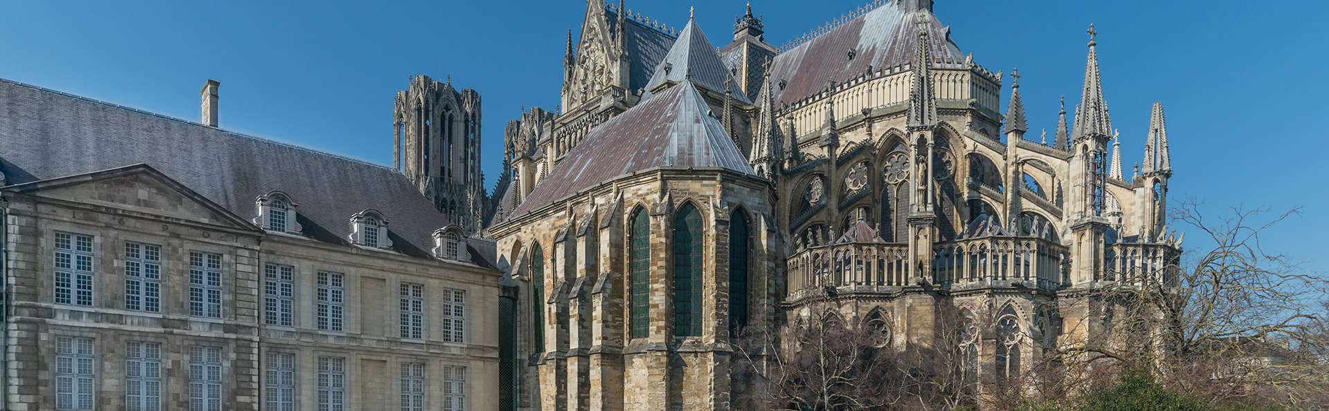 Week-end découverte à Reims avec entrée au Palais du Tau