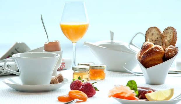 Hotel et Spa le Nouveau Monde - breakfast