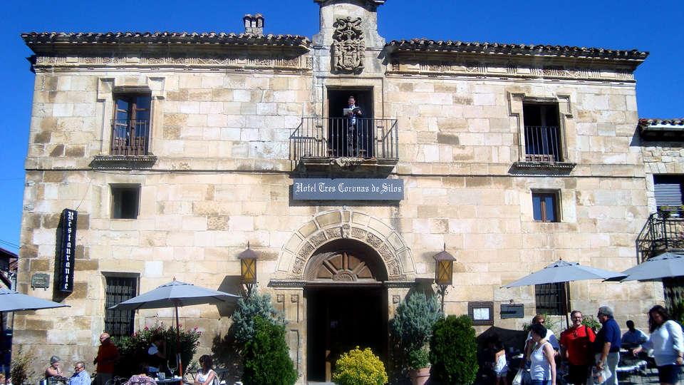Hotel Tres Coronas de Silos - Edit_Front.jpg