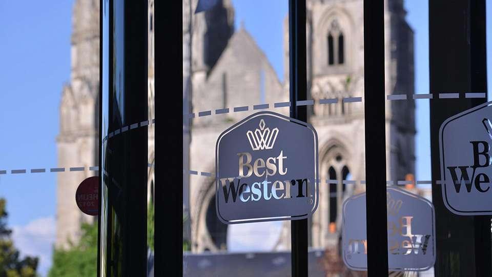 Best Western Hôtel des Francs - edit_entrance.jpg