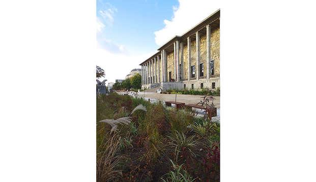 Estancia 3* con entrada para el museo Palais de la Porte Dorée en París