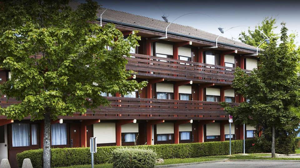 Hôtel Kyriad Mâcon Sancé - EDIT_front1.jpg