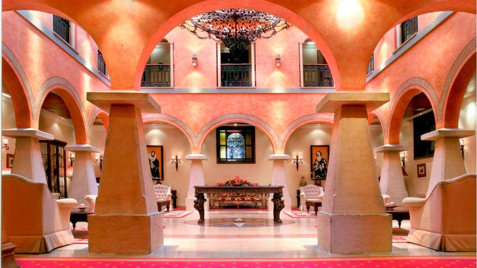 Hotel Palacio de la Magdalena & Spa - edit_Vista_Patio.jpg