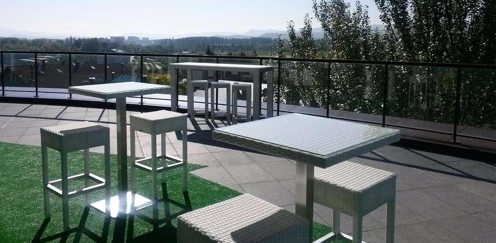 Zenit jardines de uleta suites 4 vitoria gasteiz espagne for Jardines de uleta vitoria