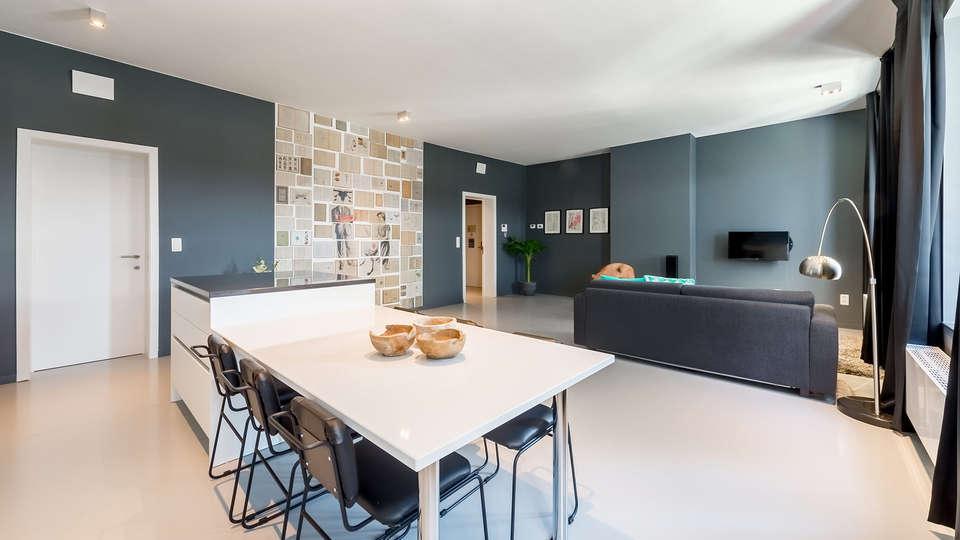 Smartflats Les Postiers - EDIT_04---Postiers-402---Kitchen-_-Living-room.jpg