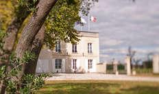 1 Visite de la propriété du Château Marquis de Terme avec dégustation de Millésimes pour 2 adultes