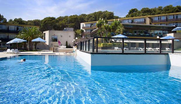 Disfruta de la Costa Brava, con amigos o en familia, en un apartamento en Platja d'Aro