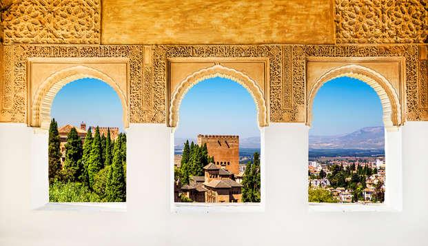 Granada al más puro lujo con cena, entrada al spa y bañera de hidromasaje privada (desde 2 noches)