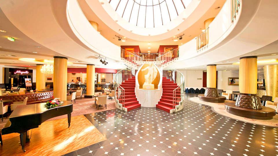 Don Giovanni Hotel - Edit_Hall3.jpg