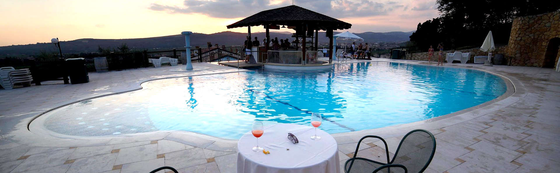Sporting Hotel San Felice - Edit_Pool3.jpg